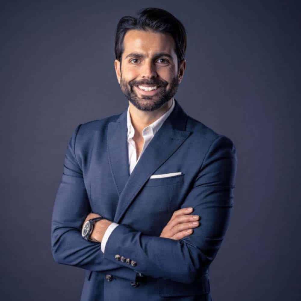 Startup Hacks Podcast #105 | Die e-Revolution im Personen- und Güterverkehr: Serhat Yilmaz von Quantron